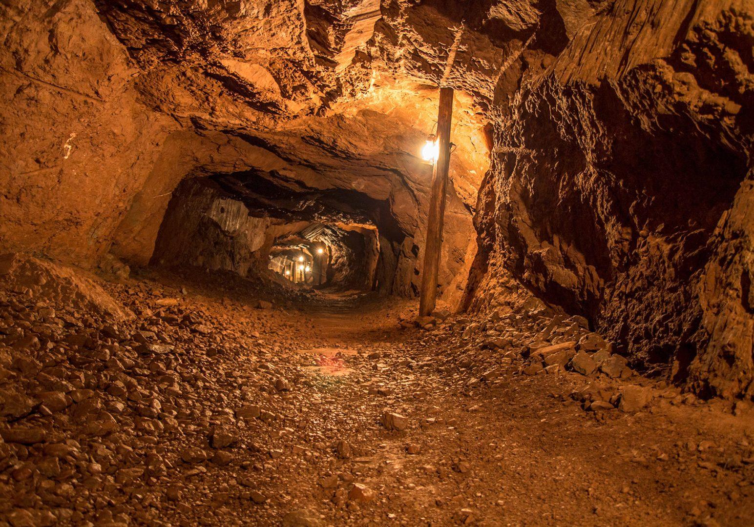 mine-tunnel